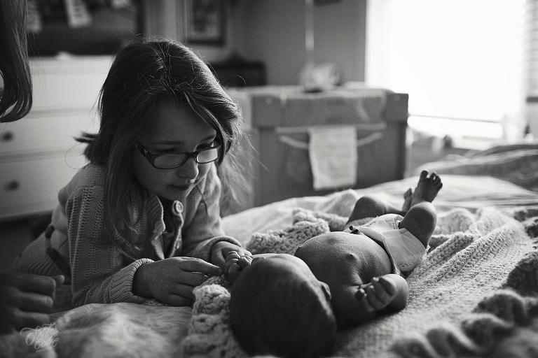 Michigan Maternity Photographer, Belly Photos, Newborn Photography, Fresh 48, home birth, Tips on Exposure, Photographing at home, Photography challenge, Learning how to best take photographs, Exposure Triangle