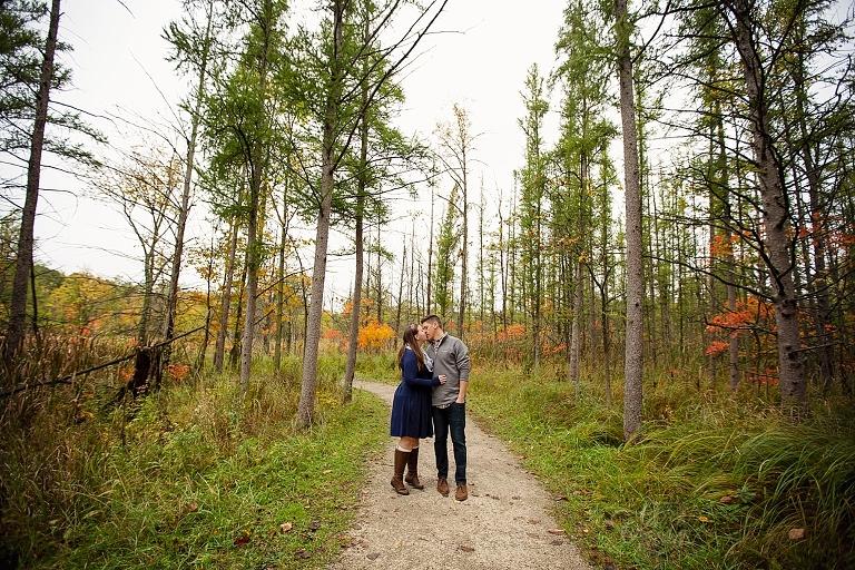 Ester Cobe Photography, Ann Arbor and Detroit Wedding Photographer, Fall Engagement Michigan, Talented photographer, Fall Foliage Wedding, Candid Art Photographer, Fall inspiration