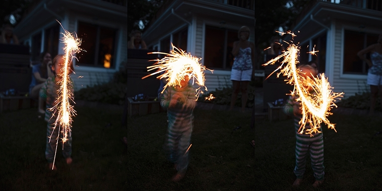 Sparkler Photographs, How to photograph 4th of July, Michigan Lifestyle Photographer, Photo Challenge, South Eastern Michigan Family Photographer