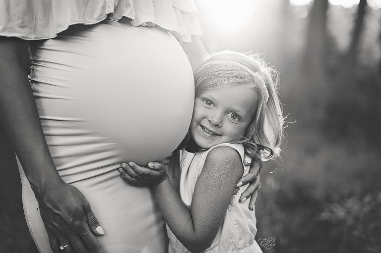 Michigan Newborn and maternity photographer, Tips on Exposure, Photographing at home, Photography challenge, Learning how to best take photographs, Exposure Triangle